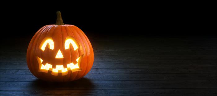 Karmaisevan kujeilevat Halloween-uutiskirjepohjat